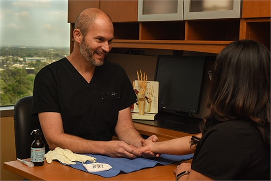 Houston Hand Surgeon Dr. Smith